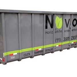 Coleta e transporte de resíduos químicos
